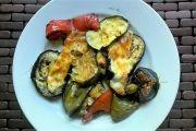 Verduras con queso al horno